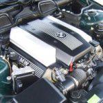 Двигатель M62B48