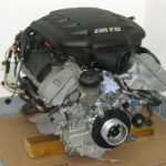 Двигатель S65