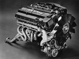 Двигатель BMW S38B36 / S38B38