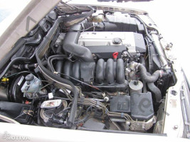 Двигатель M104 E28