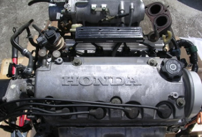 Двигатель D15B