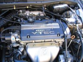 Двигатель Honda F20B
